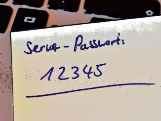 Naja, dieses Passwort hätte man wirklich nicht auch noch notieren müssen... sicher geht definitiv anders!